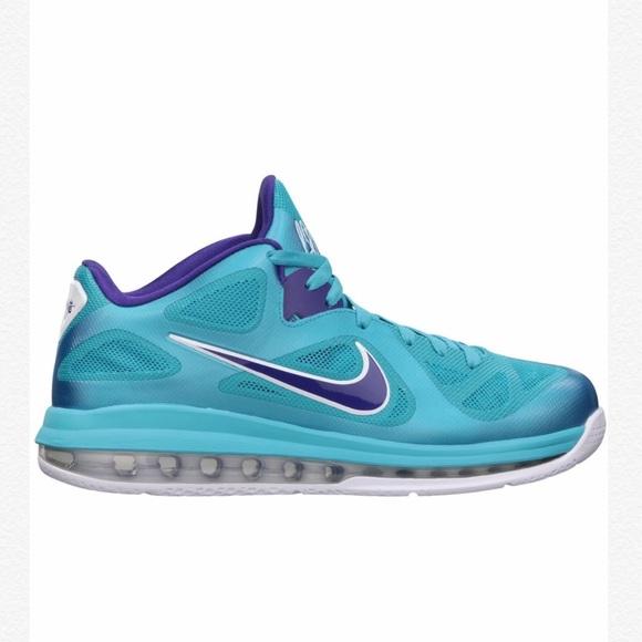 buy online b5147 fb271 Nike Lebron 9 Low (Hornets). M 5c59c50cfe5151aa4f3a7034
